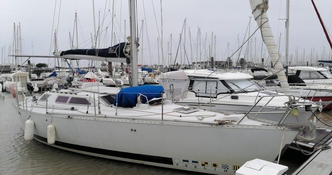 Hire Sailboat with or without skipper Kirie Les Minimes