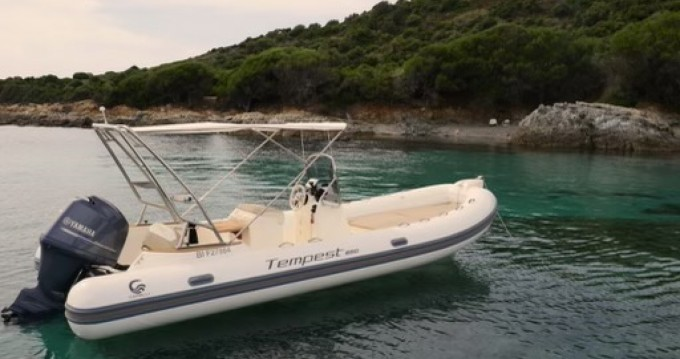 Hire RIB with or without skipper Capelli Pietrosella