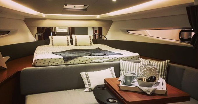 Jeanneau Leader 36 Open between personal and professional Naples