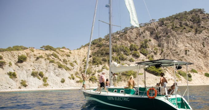 Rental Sailboat Fortuna with a permit