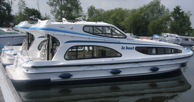 Hire Canal boat with or without skipper Caprice Saint-Jean-de-Losne