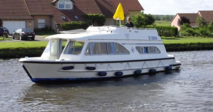 Rental Canal boat in Douelle - Tango Tango