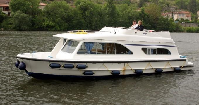 Rental yacht Douelle - Tango Tango on SamBoat