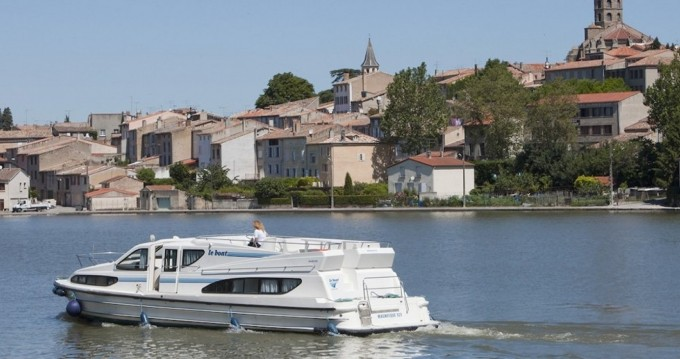 Boat rental Connoisseur Magnifique  in Le Mas-d'Agenais on Samboat