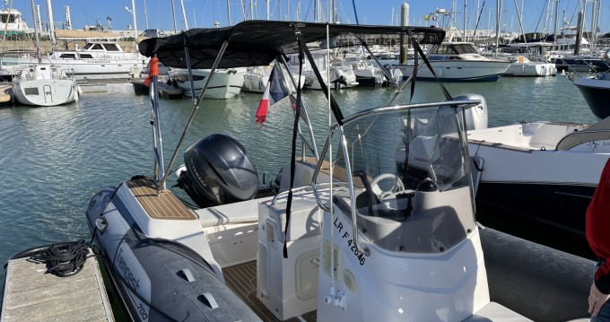 Rental yacht Royan - Capelli Tempest 700 Sun on SamBoat