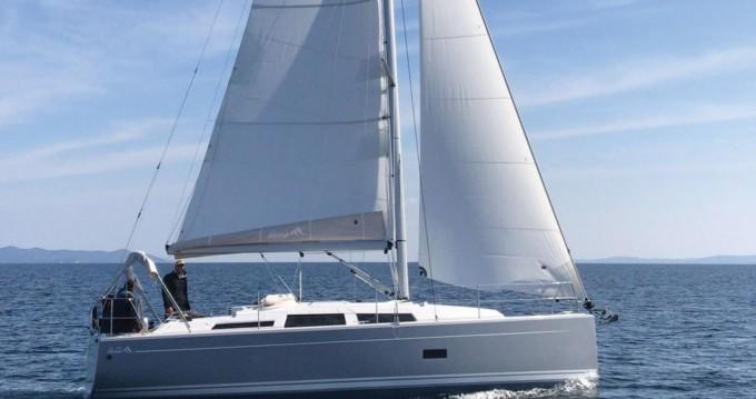 Rental yacht Hyères - Hanse Hanse 348 on SamBoat