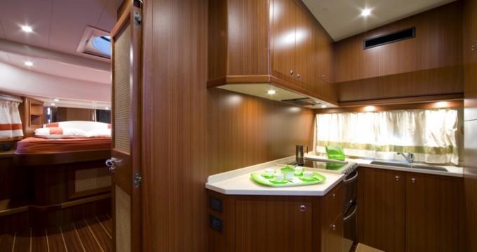 Rental Motorboat in San Vincenzo - Apreamare Apreamare 48