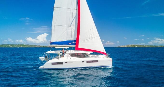 Rental Catamaran in Oyster Pond - Leopard Sunsail 454L