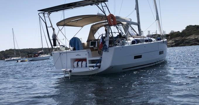 Rental yacht Mahón - Dufour Dufour 390 on SamBoat