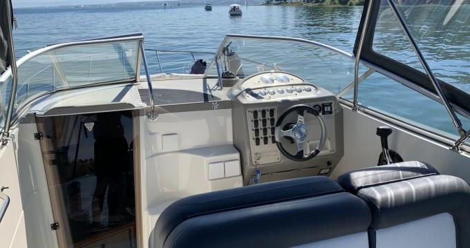 Boat rental Maxum Maxum 2400 SCR in Ermatingen on Samboat