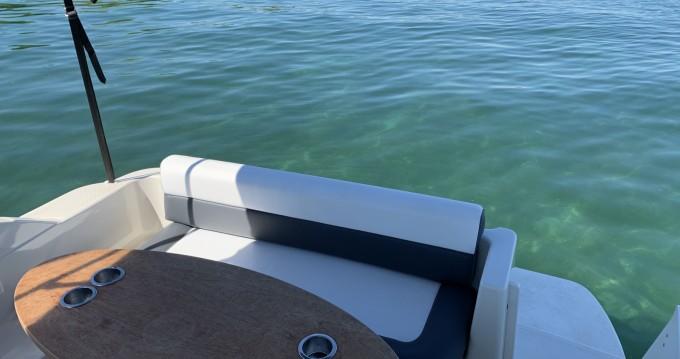 Rental Motorboat in Ermatingen - Maxum Maxum 2400 SCR