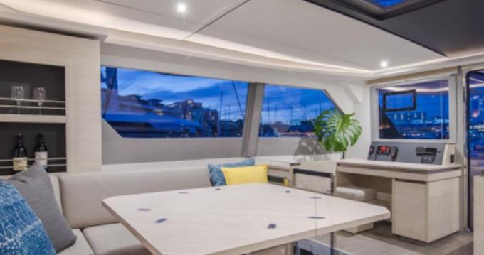 Hire Catamaran with or without skipper Leopard Nassau