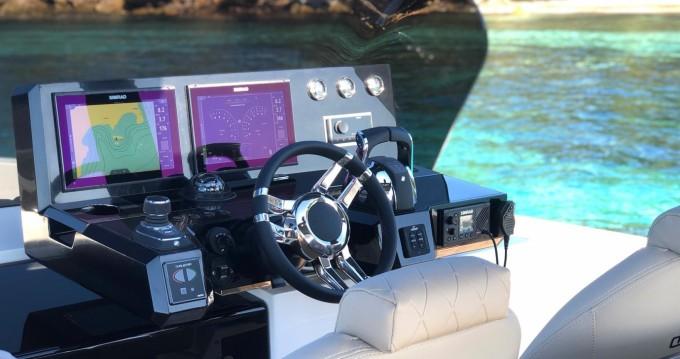 Boat rental De Antonio D42 in Saint-Jean-Cap-Ferrat on Samboat