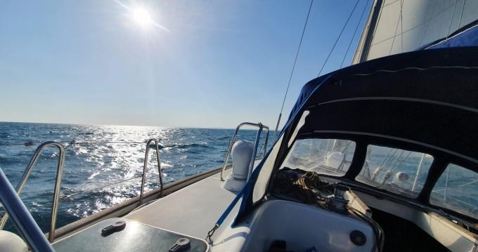 Hire Sailboat with or without skipper Bénéteau La Grande-Motte