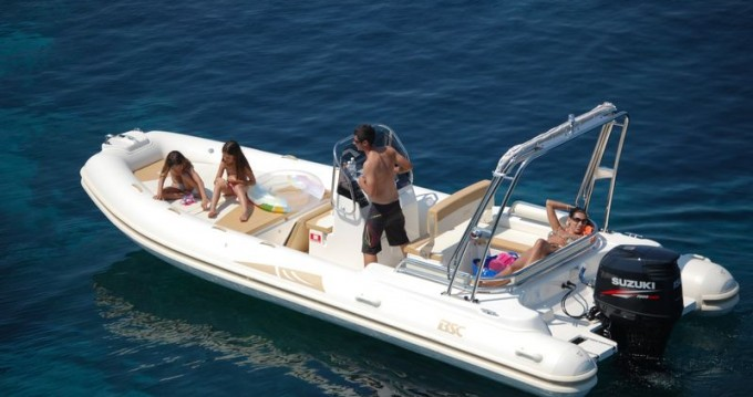Hire RIB with or without skipper Colzani-Ricambi Saint-Raphaël