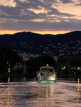 Boat rental Sessa Marine C35 in Mandelieu-la-Napoule on Samboat