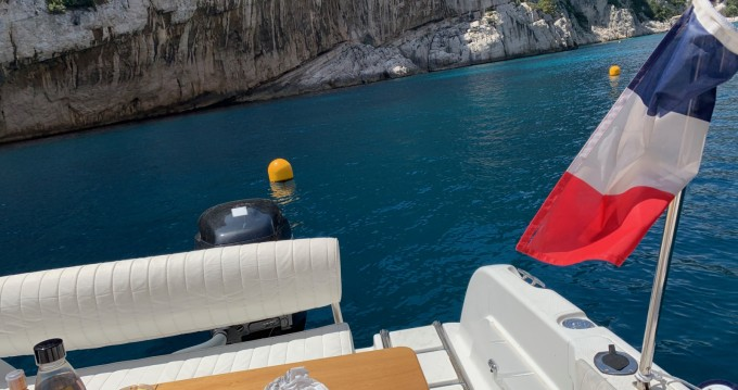 Hire Motorboat with or without skipper Sessa Marine Cassis