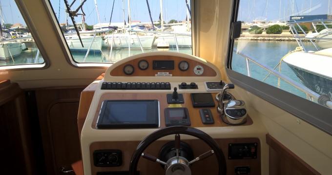 Rental Motorboat in Murter - Damor Damor 980 Fjera