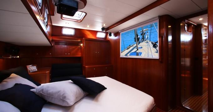 Rental Sailboat in Šibenik -  Swan 62