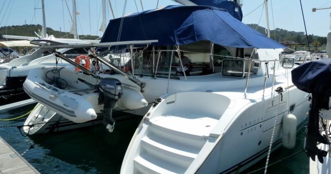 Rental Catamaran in Arbatax - Lagoon Lagoon 380