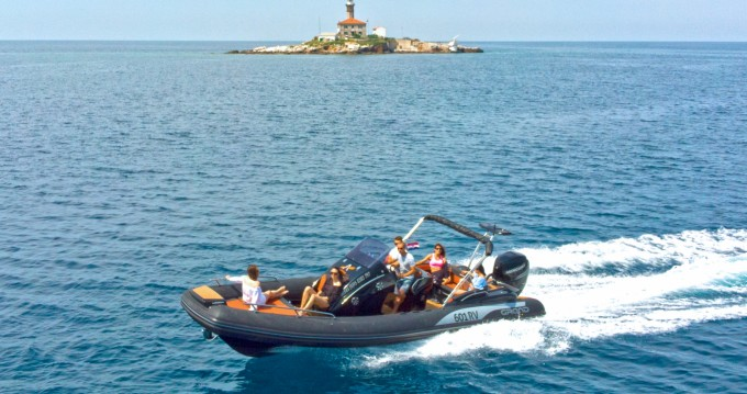 Rental yacht Rovinj - Grand Boats Golden Line G850L on SamBoat
