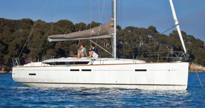 Rental Sailboat in Port de Torredembarra - Jeanneau SUN ODYSEEY 449