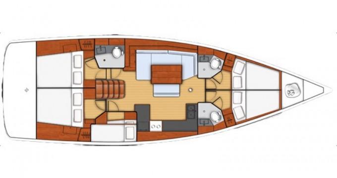 Boat rental Bénéteau Oceanis 48 in La Spezia on Samboat
