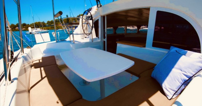 Rental Catamaran in Capo d'Orlando - Lagoon Lagoon 380 S2