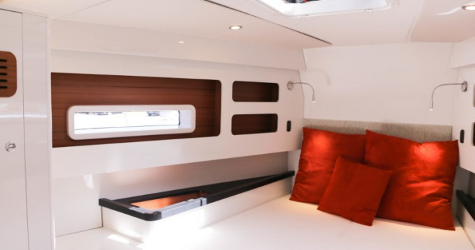 Sailboat for rent Bas du Fort at the best price