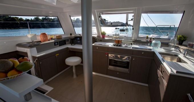 Rental Catamaran Bali Catamarans with a permit