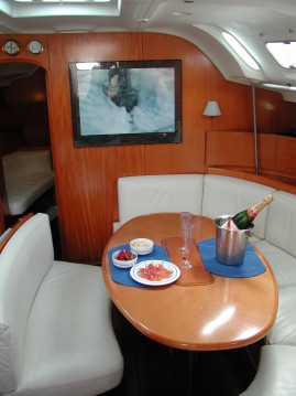 Sailboat for rent Salivoli at the best price