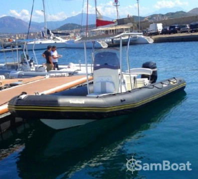 Hire RIB with or without skipper Bombard Pointe-Rouge