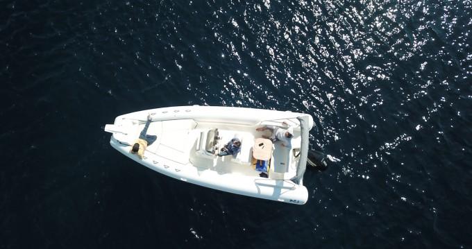 Boat rental Nuova Jolly NJ 700 XL in Saint-Raphaël on Samboat