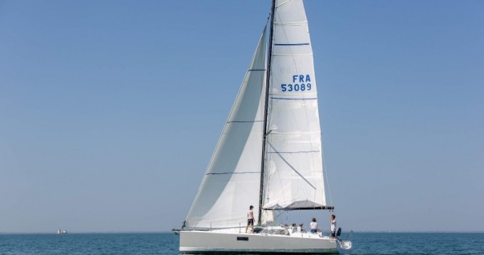 Rental Sailboat in La Rochelle - Pogo Structures Pogo 36