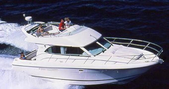 Boat rental Jeanneau Prestige 36 Fly in Beaulieu-sur-Mer on Samboat