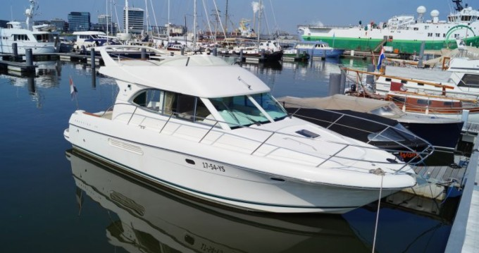 Hire Yacht with or without skipper Jeanneau Beaulieu-sur-Mer