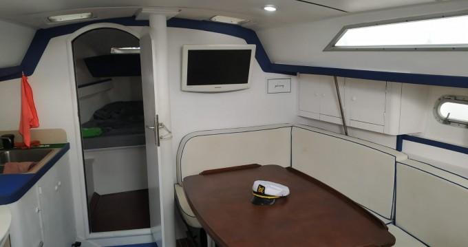 Rental yacht Puerto Colón - Jeanneau Sun Odyssey 37.1 on SamBoat