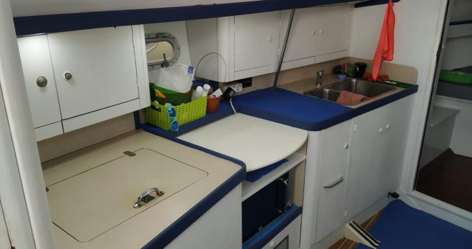 Rental Sailboat in Puerto Colón - Jeanneau Sun Odyssey 37.1