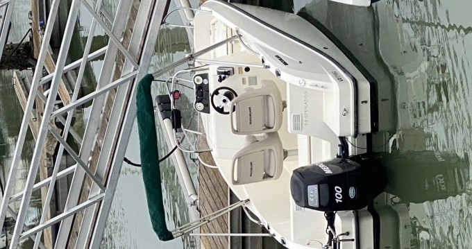 Boat rental Royan cheap Activ 555 Open