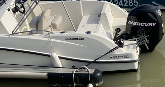 Quicksilver Activ 555 Open between personal and professional Royan