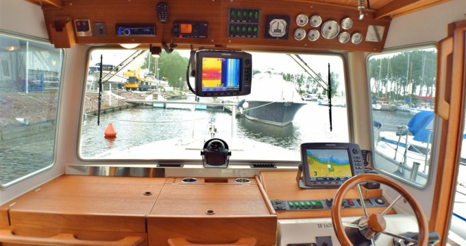Hire Motorboat with or without skipper Botnia Marin Marseille