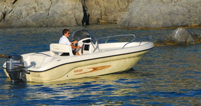 Boat rental Ranieri Shark 19 in Lignano Sabbiadoro on Samboat