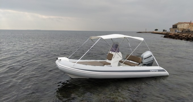 Boat rental Grand Boats Silver Line 520 Deluxe in Mèze on Samboat