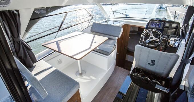 Rental yacht Ajaccio - Bénéteau Antares 9 OB on SamBoat