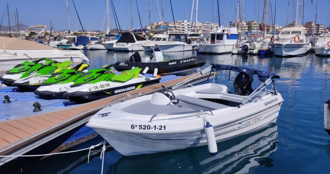 Motorboat for rent Las Galletas at the best price