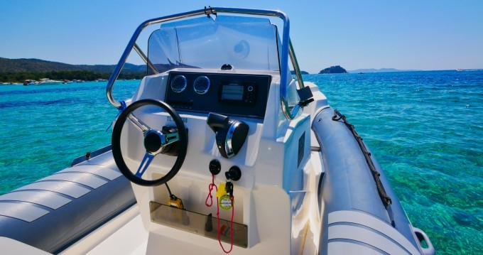 Boat rental Hyères cheap Lomac 710 IN
