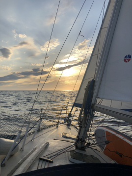 Hire Sailboat with or without skipper Jeanneau Le Cap d'Agde