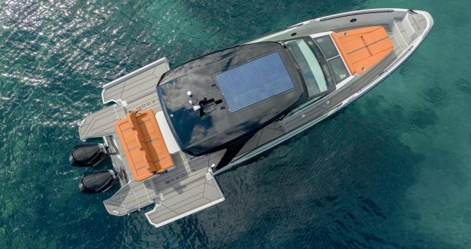 Boat rental  Saxdor 320 GTO in Parikia on Samboat