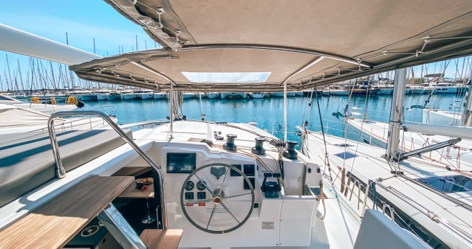 Rental yacht Alimos - Fountaine Pajot Lucia 40 ( INVENTER - SOLAR PANELS ) on SamBoat