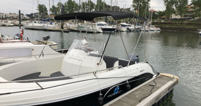 Rent a Pacific Craft Pacific Craft 545 Open Anglet